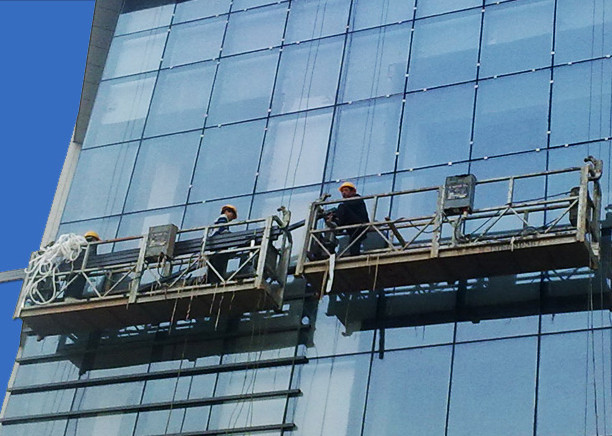 100m - 300m Suspended Access Platforms 220v For High Rise Building Painting